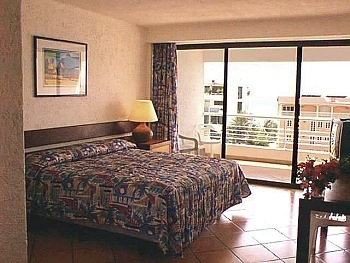 Hotel California Room with King Size Bed